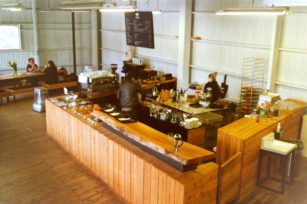 ZEBRA Coffee & Croissant 店内