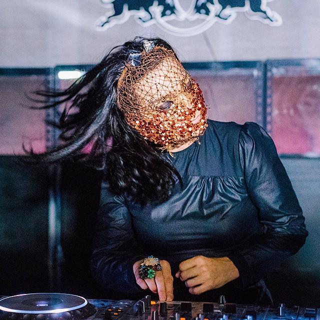 半端ない世界観。サプライズで登場!DJ Bjork at Redbull Music Academy's Party|Soundcloud
