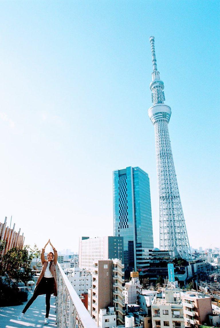 隈研吾建築都市設計事務所デザイン監修。2017年4月にオープンした押上のホテル。Tokyo Hostel Guide – 004 ONE@Tokyo
