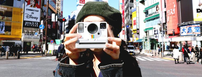Polaroid Originals。春夏の新色ポラロイドカメラとともに、 待望の日本語版ウェブサイトがオープン。